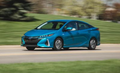 2017 Toyota Prius Prime in Depth: New and Improved, Still Not a Chevrolet Volt