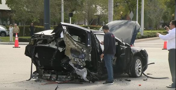 Tesla Model X Rear Ripped Off By Nissan GT-R Jumping Red Light in Florida