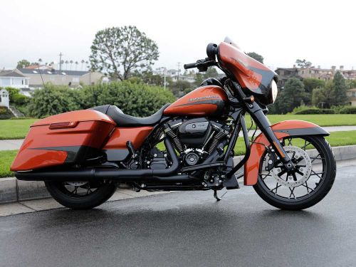 2020 Harley-Davidson Street Glide Special Review MC Commute Photo Gallery