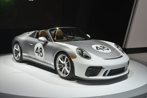 New Porsche 911 Speedster Gets Heritage Design Package