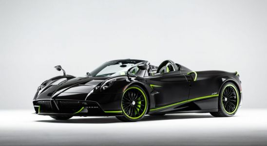 New Pagani Huayra Roadster Shows Off Acid Green Accents