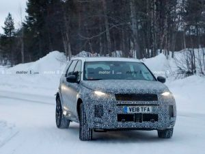 Land Rover Discovery Sport Facelift Spied Testing