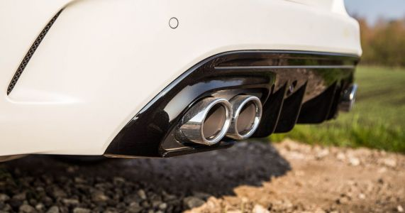 The Mercedes-AMG C43's Exhaust Tips Are Still Fake, But I'm OK With That