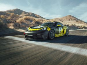 Porsches 718 Cayman GT4 Clubsport Is a Track-tuned Turbo-less Beast