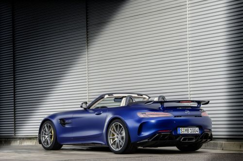 Mercedes-AMG Reveal The Racy GT R Roadster