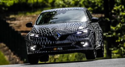 New Renault Megane RS To Have Two Chassis Settings, 4-Wheel Steering