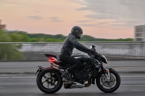 2022 MV Agusta Brutale 1000 RS First Look Preview