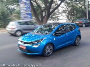Tata Altroz Turbo Spied Again In Pune First Tata Model To Get A DCT Gearbox