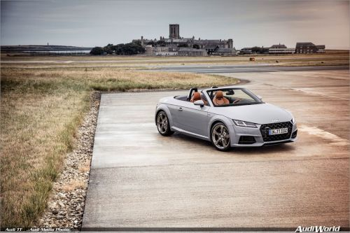 More performance for the compact sports car: the new Audi TT can be ordered now