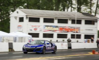 Strip Tease: Watch the 2017 Acura NSX Turn 11s at the Drag Strip