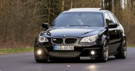 We Can't Unsee This E39 M5's Awkward E60 Bodywork Conversion