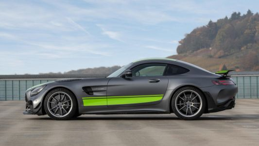 Second Generation Mercedes-AMG GT To Be Four-Wheel Drive Hybrid