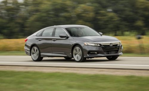 2018 Honda Accord 2.0T Automatic Tested: Zen Simplicity with a Side of Sportiness
