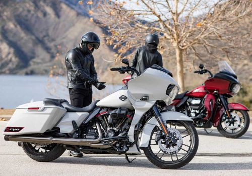 2020 Harley-Davidson CVO Road Glide First Look Preview Photo Gallery