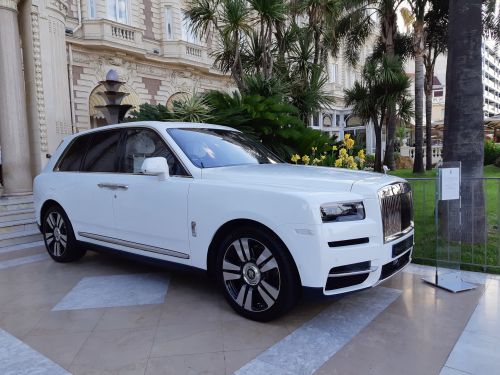 Rolls-Royce Cullinan Might Get A Hybrid Powertrain Punching Over 563 HP