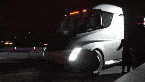 Tesla's Semi-Truck Looks Mighty Fast While Accelerating
