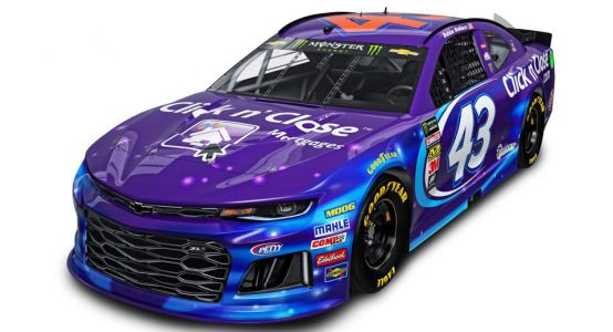Richard Petty Switches His Legendary No 43 To The New Chevy Camaro ZL1