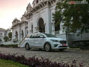 Kia Carnival Limousine First Drive Review